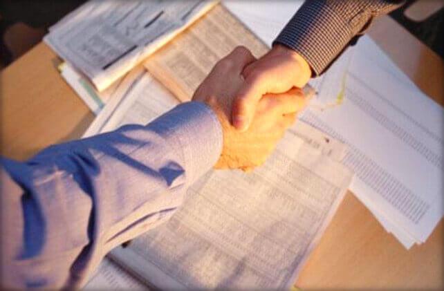 Как взыскать долг по договору подряда, примеры судебной практики