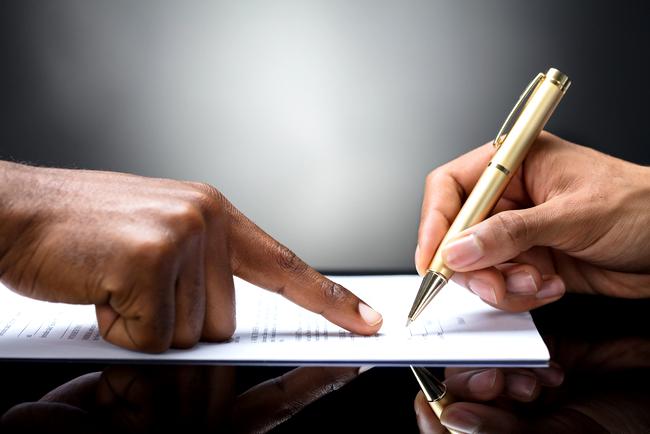 Как дать деньги в долг под расписку и без негативных последствий: полезные рекомендации частному лицу
